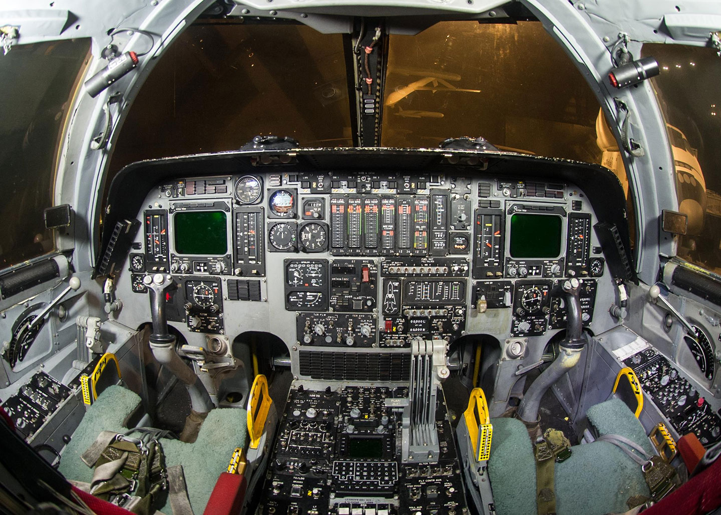 B1 Bomber cockpit tour given in Persian Gulf by USAF crew member